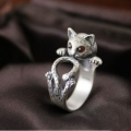 PaW LovE - Sterling 925 Zilver - Kat - ring - Siam rood crystal oogjes - één maat - adjustable size